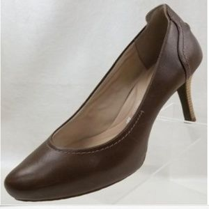 Rockport Womens Taupe Leather Plain Toe Heels 11
